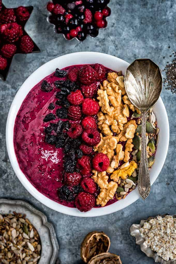 Mixed Berry_smoothie_bowl_